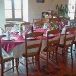 De grandes tables pour un évènement particulier !